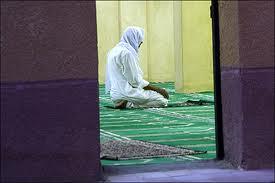 muslim man pray
